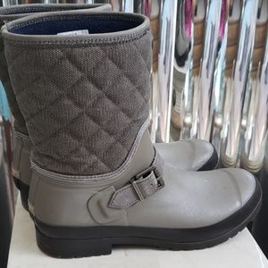 Insulated rain and snow boots